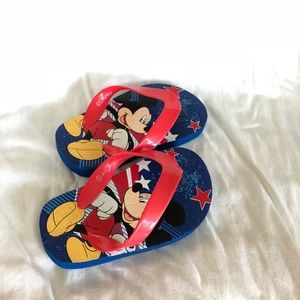 Mickey Mouse Flip Flops - size 5 - never worn!